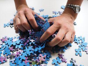 zabawki edukacyjne dla dzieci autystycznych