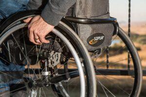 bariery architektoniczne dla niepełnosprawnych